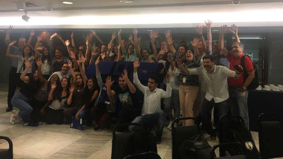 Jovens selecionados para bolsas de estudo participam de evento no CIEE