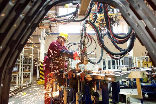 Estado quer incentivar produção industrial em seis polos da RMVale