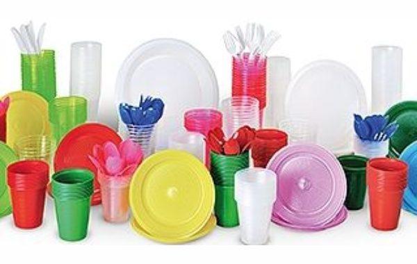 Câmara aprova projeto para proibir materiais plásticos em comércios de Pinda